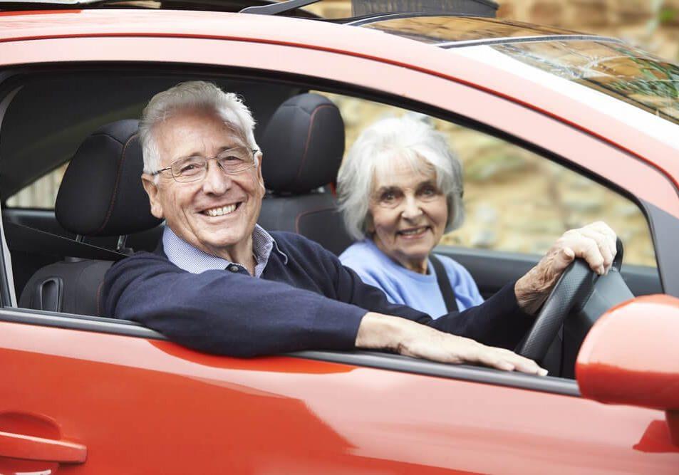 senior-driving-convince